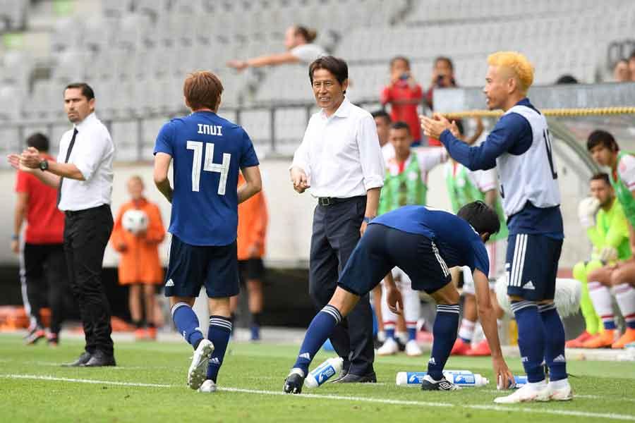 戦前の予想を覆し、西野ジャパンはロシアW杯で快進撃を見せている【写真:Getty Images】