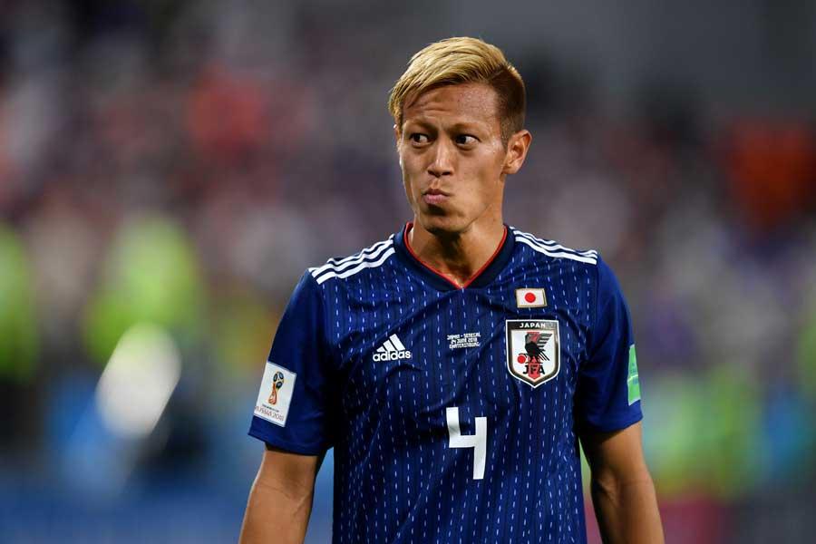 ベルギー戦に途中出場し、日本代表歴代8位タイに浮上した本田【写真:Getty Images】