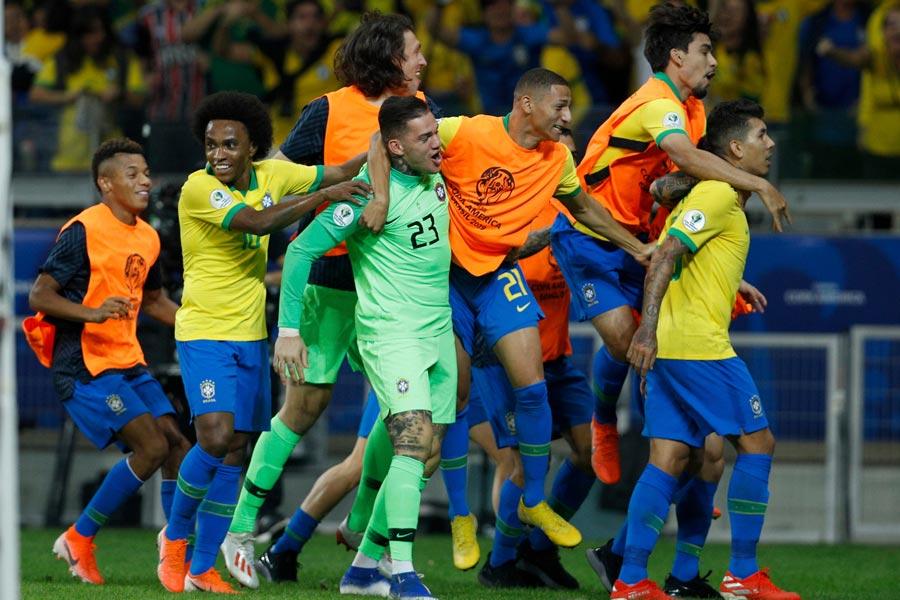 スーペルコパを制したブラジル代表がコパ・アメリカ決勝進出!【写真:AP】