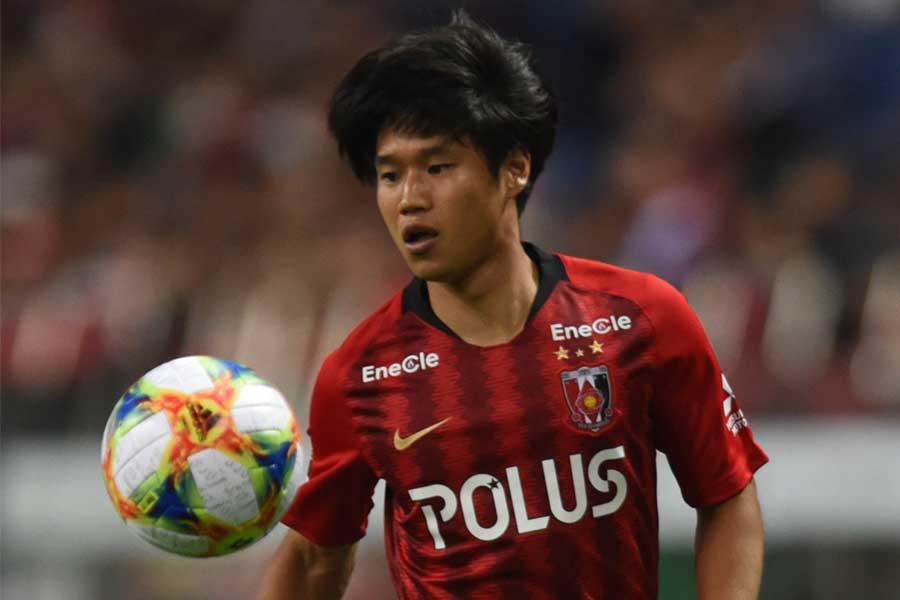 湘南ベルマーレが浦和レッズからMF山田直輝を期限付き移籍で獲得した【写真:Getty Images】