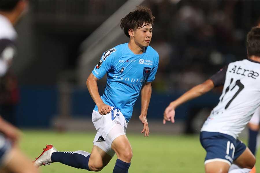 横浜FCのMF斉藤光毅【写真:高橋学】