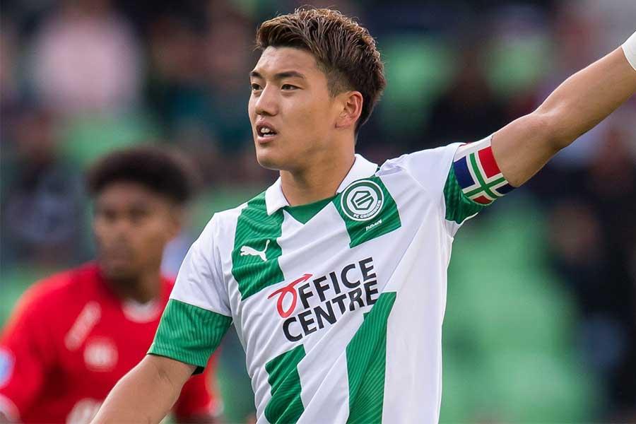 強豪PSVへの移籍が噂されているMF堂安律だが、高額な移籍金がネックか【写真:Getty Images】