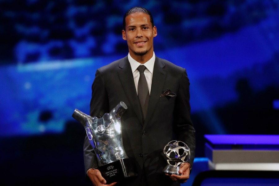 UEFA最優秀選手を受賞したフィルジル・ファン・ダイク【写真:AP】