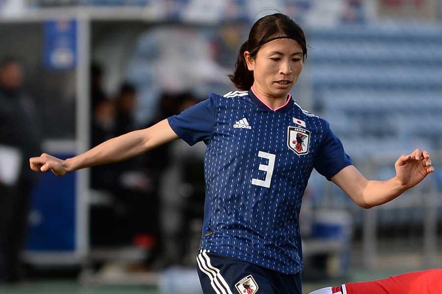 アジア大会では、キャプテンとしてチームをまとめたDF鮫島【写真:Getty Images】