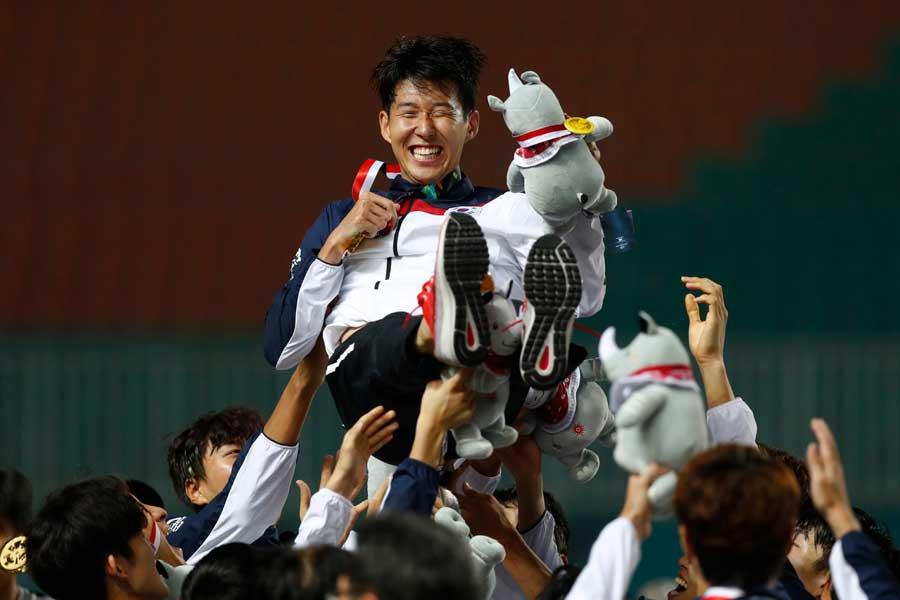 アジア大会連覇を飾ったU-23韓国代表【写真:AP】