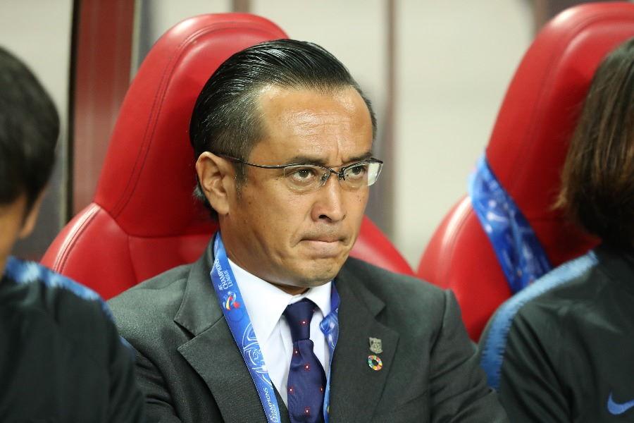 浦和レッズの大槻監督は今後どうチームを立て直していくのか【写真:高橋学】