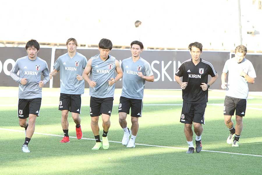 試合が開催されるリバブリカン・セントラル・スタジアムで練習を行う日本代表の選手達【写真:Football ZONE web】