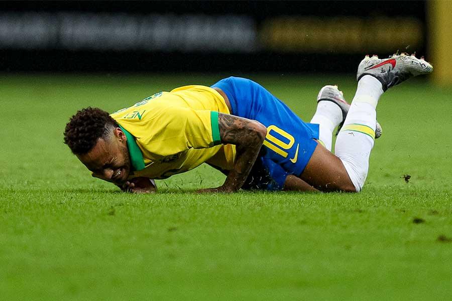 ブラジル代表FWネイマールがまたも負傷…【写真:Getty Images】