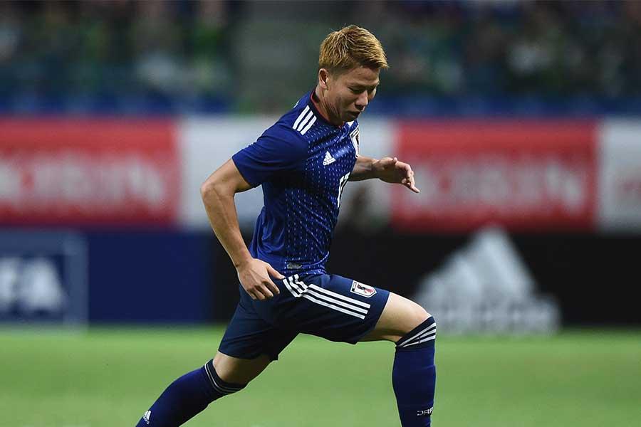 浅野琢磨は左サイドハーフで途中出場し1ゴール【写真:Getty Images】
