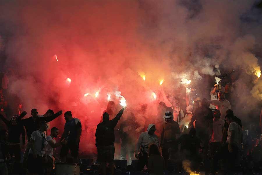 インドネシアでサポーターがスタジアム破壊(写真はイメージです)【写真:Getty Images】