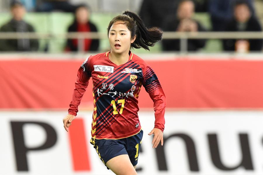 INAC神戸の韓国女子代表MFイ・ミナ【写真:井上智博】