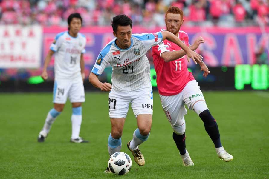 3つ目は、MF鈴木のJ1初出場で決めた劇的なゴール【写真:Getty Images】