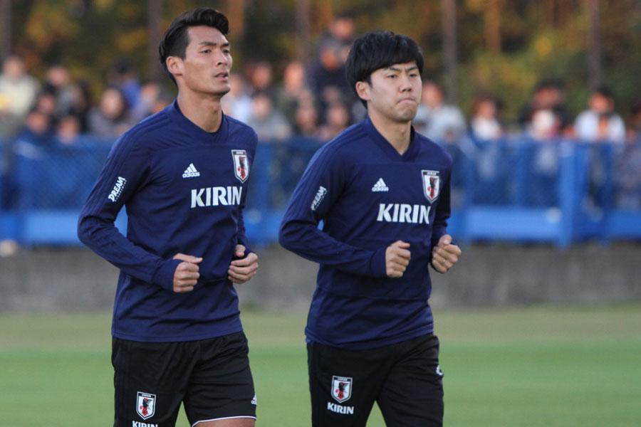 日本代表DF槙野(左)【写真:Football ZONE web】