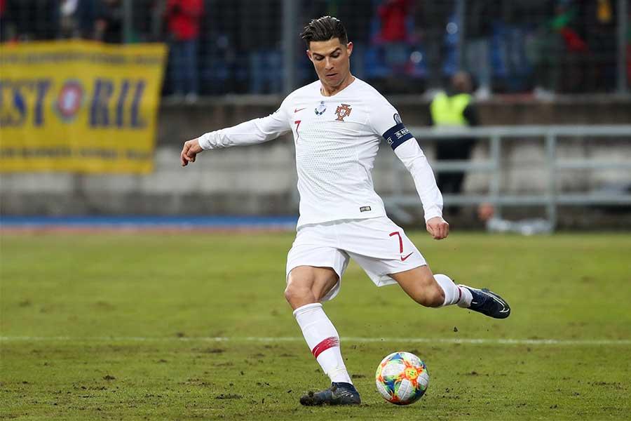 ポルトガル代表FWクリスティアーノ・ロナウドが代表通算99ゴール【写真:AP】