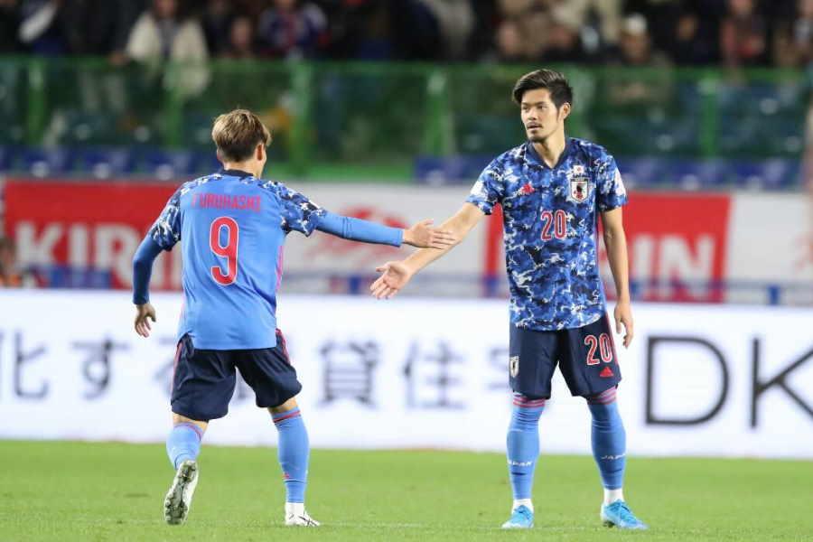 日本はMF山口蛍(右)のゴールで1点を返した【写真:高橋学】