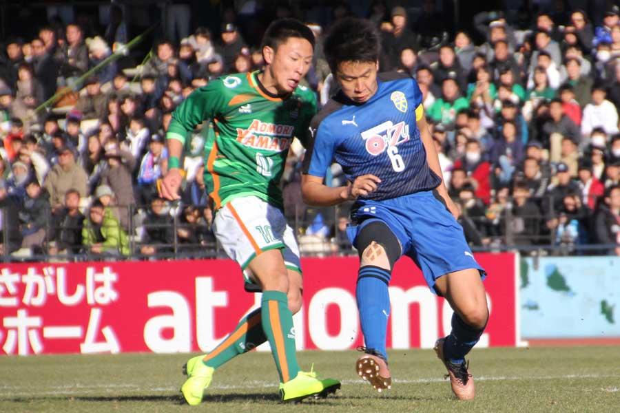 青森山田が序盤から猛攻、大津に3-0快勝で8強進出!【写真:Football ZONE web】