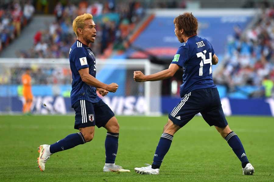ロシアW杯で存在感を示した乾と長友の縦コンビ、アジアカップでの連係に期待が高まる【写真:Getty Images】