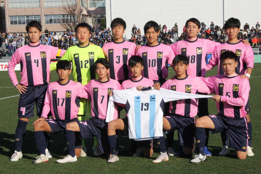今治東高校が山形中央高校に勝利した【写真:Football ZONE web】