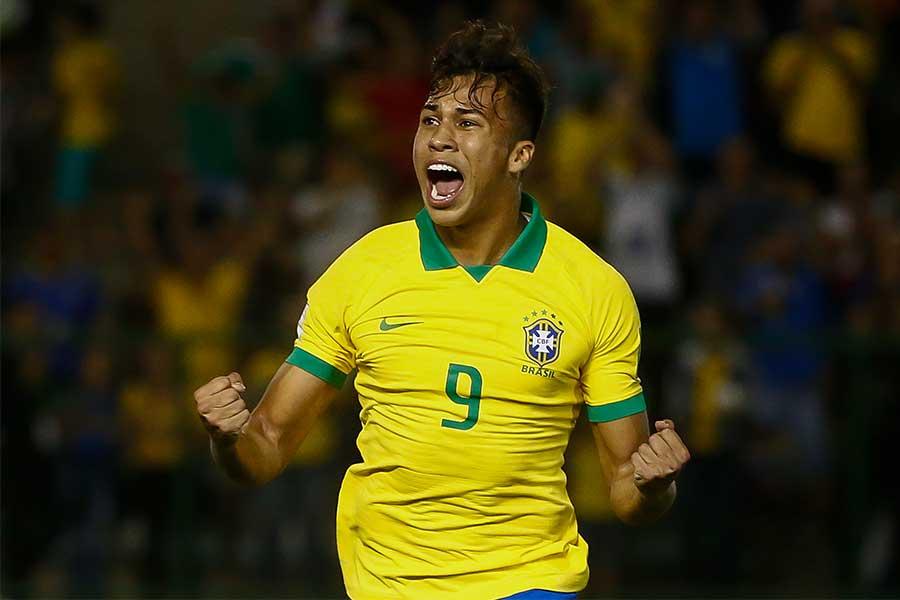 U-17ワールドカップでブラジルの優勝に貢献したFWカイオ・ジョルジ【写真:Getty Images】