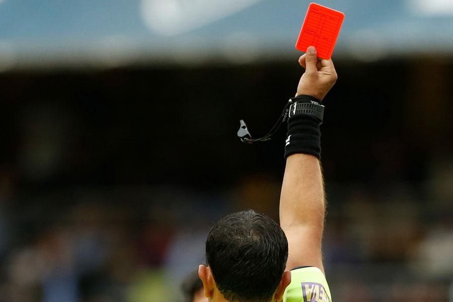 競技規則が改訂し、ハンドリングの基準が変更となった(写真はイメージです)【写真:Getty Images】