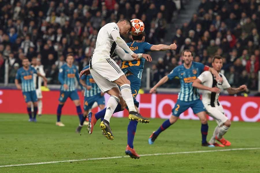 アトレチコ・マドリード戦、ヘディングで2ゴールを挙げた【写真:Getty Images】