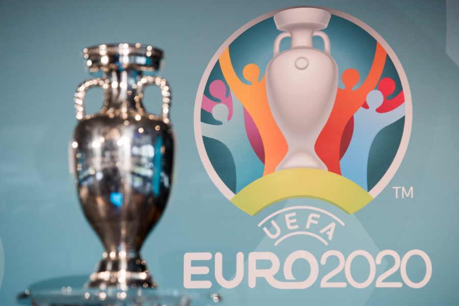 欧州12か国で分散開催するEURO2020【写真:Getty Images】