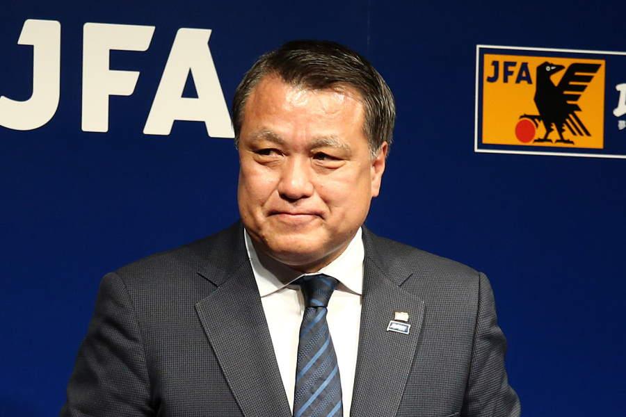 JFAが田嶋会長が新型コロナウイルス陽性診断を発表【写真:Getty Images】