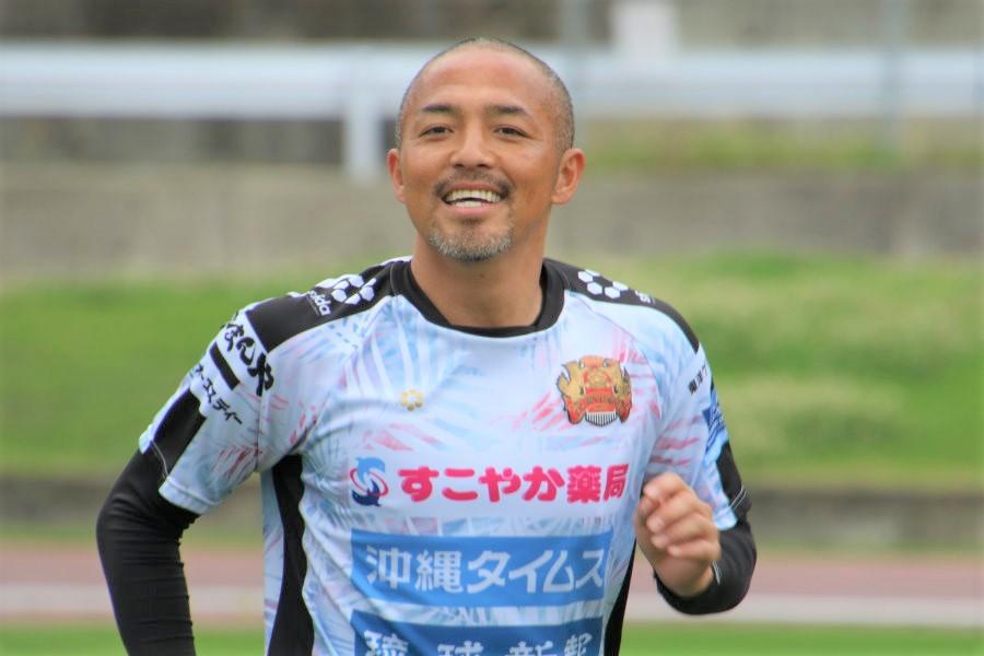 FC琉球MF小野伸二がボールでの練習を徐々に再開【写真:©FC RYUKYU】