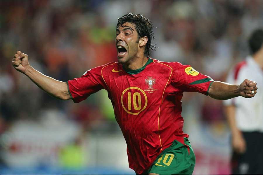 EURO2004年大会にルイ・コスタが決めた衝撃的ミドルに再脚光【写真:Getty Images】