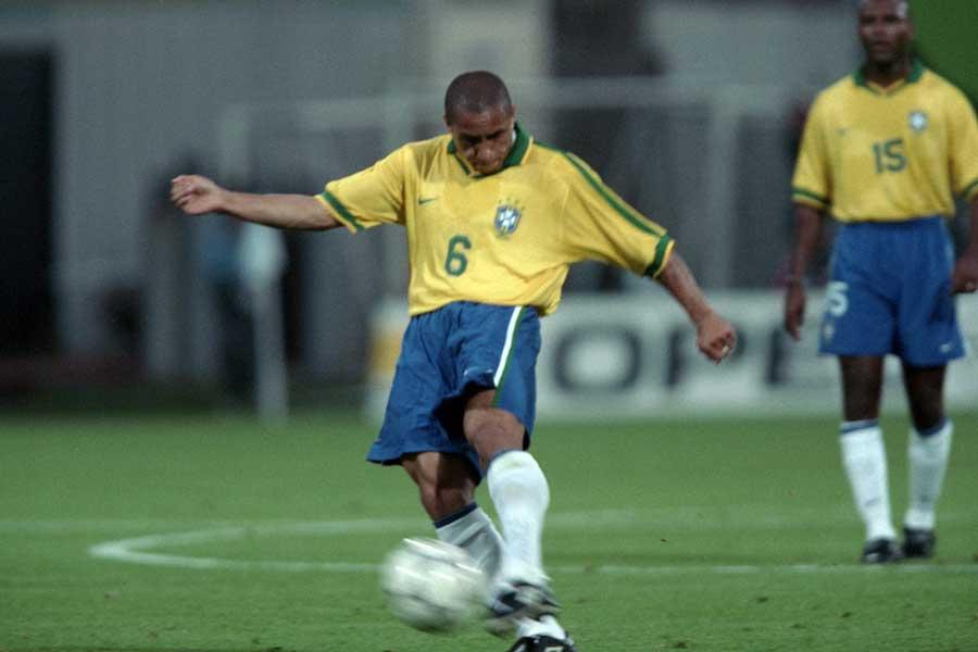 元ブラジル代表DFロベルト・カルロス【写真:Getty Images】