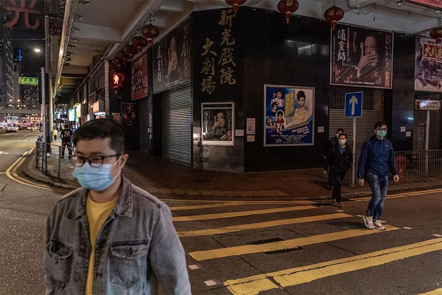 香港では過去の教訓を生かした対策を進めている(実際の香港の様子)【写真:Getty Images】