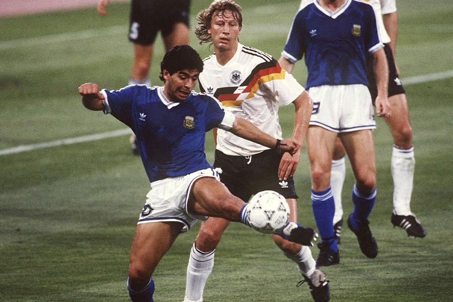 イタリアワールドカップでのマラドーナ氏【写真:Getty Images】