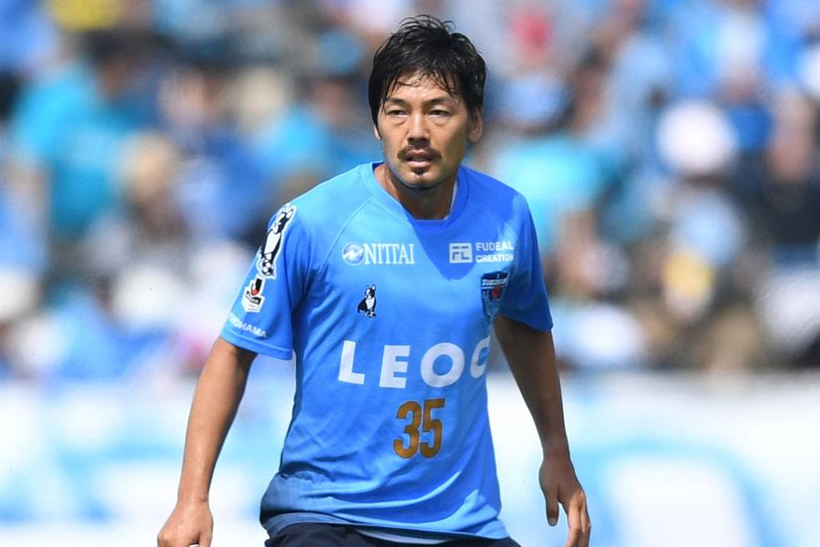 現在はJ2の横浜FCでプレーするMF松井大輔【写真:Getty Images】