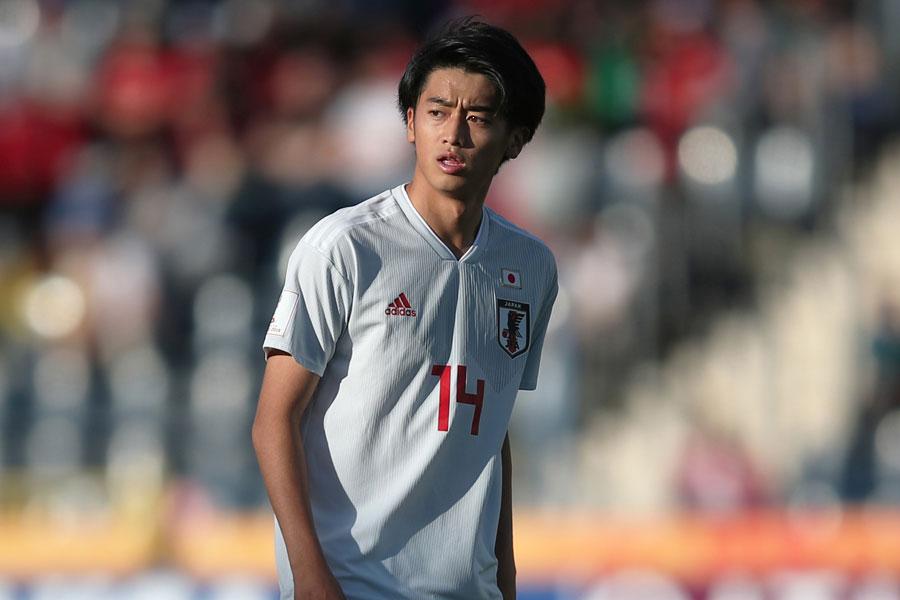 17歳のFW西川潤は、苦戦を強いられている【写真:Getty Images】
