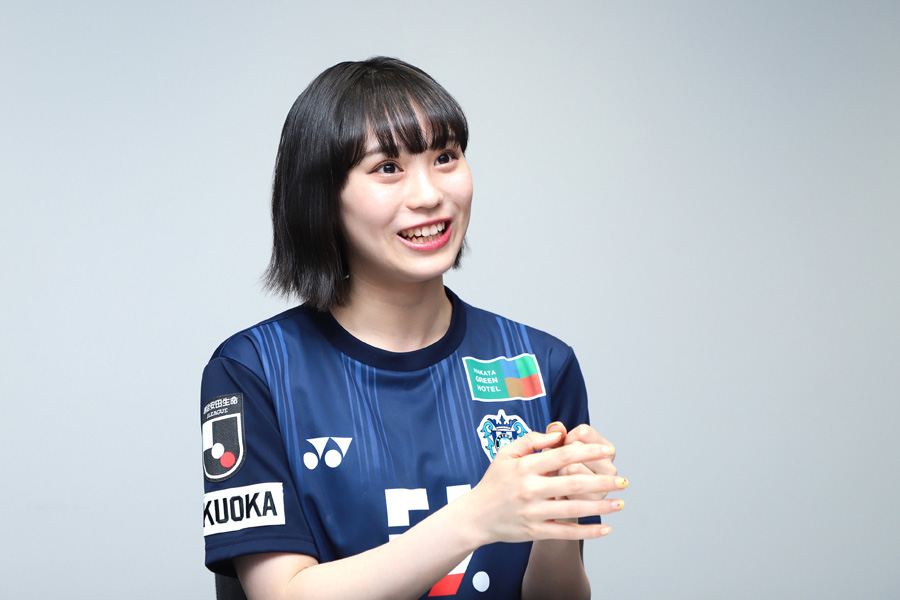豊永さんは「海外リーグもDAZNで勉強していきたい」と語った【写真:荒川祐史】
