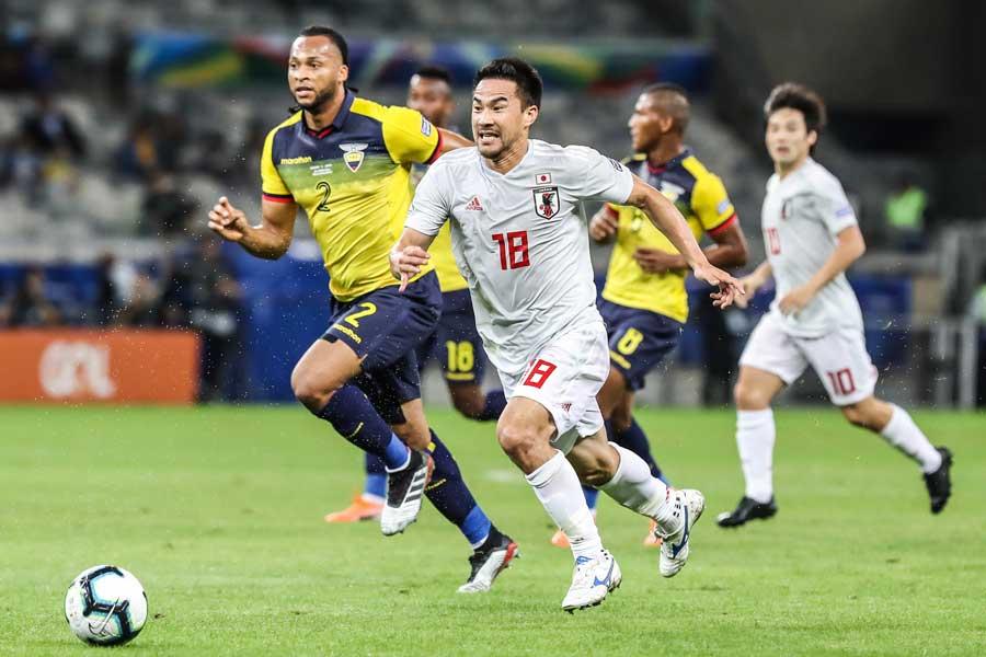 日本代表FW岡崎【写真:Copa America】