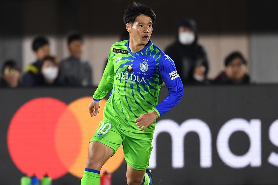 湘南ベルマーレでプレーする元日本代表MF山田直輝が自撮りショットを公開【写真:Getty Images】
