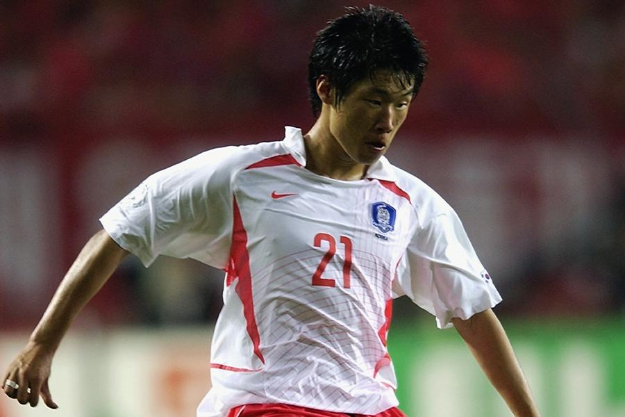 2002年ワールドカップ時の元韓国代表MFパク・チソン【写真:Getty Images】