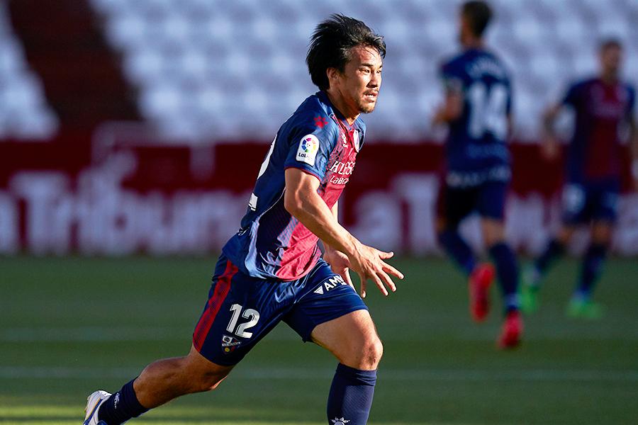 ウエスカFW岡崎慎司はチームの昇格に導くことができるだろうか【写真:Getty Images】