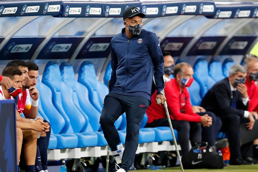 PSGでプレーするFWキリアン・ムバッペが3週間の離脱【写真:AP】