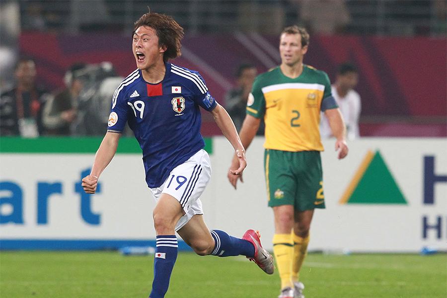 2011年のアジアカップで印象的なゴールを決めたFW李忠成【写真:Getty Images】