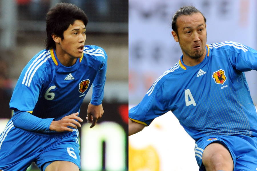 2009年のオランダ戦に出場した内田篤人(左)と闘莉王【写真:Getty Images】