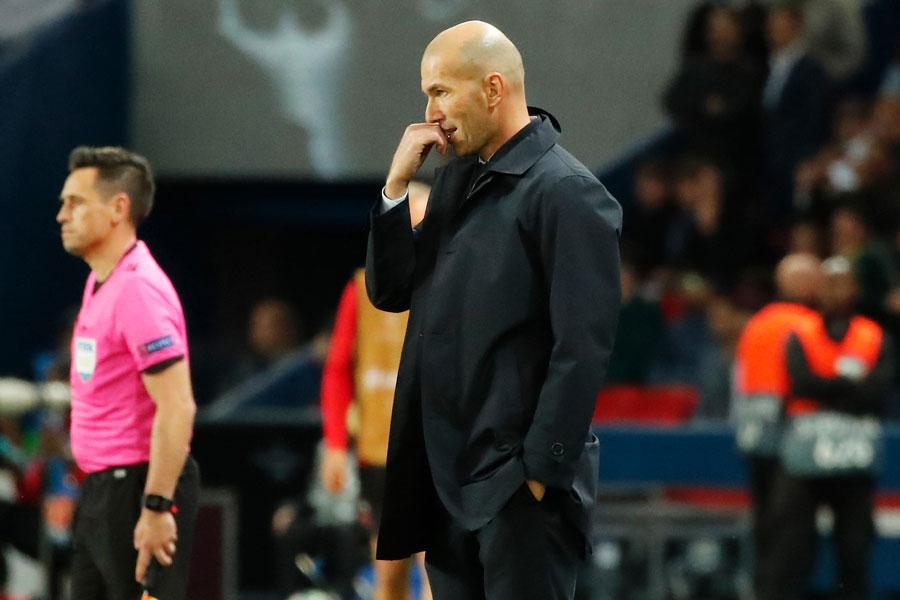 PSG戦の敗戦を受け、ジダン監督に対する批判は強まっているようだ【写真:AP】