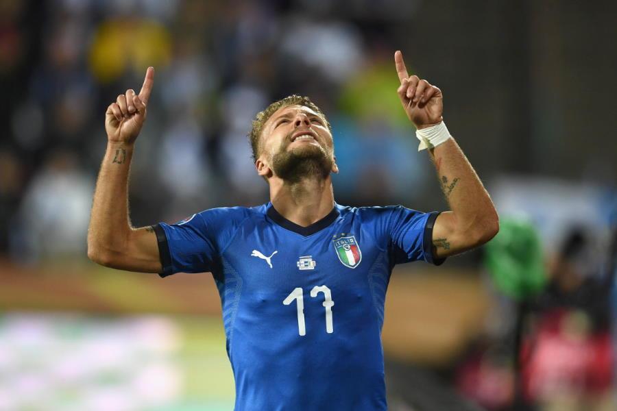 イタリア代表ホームユニを着るインモービレ【写真:Getty Images】