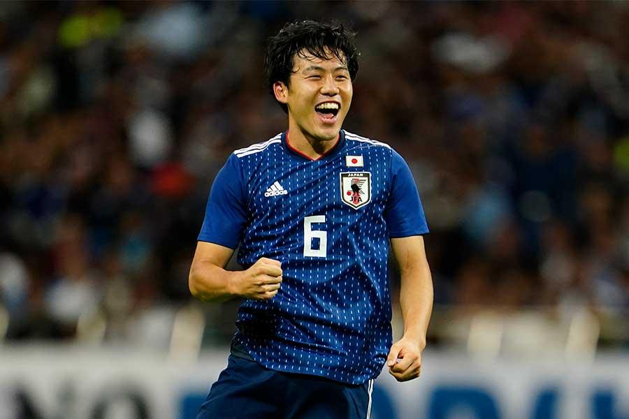 アジアカップ以来のスタメン出場で持ち味を見せた遠藤【写真:Yukihito Taguchi】