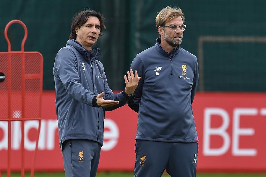 2018年までクロップ監督の右腕としてリバプールに在籍したジェリコ・ブヴァッチ氏(左)【写真:Getty Images】