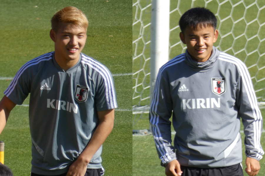 U-22日本代表の堂安(左)と久保【写真:Football ZONE web】