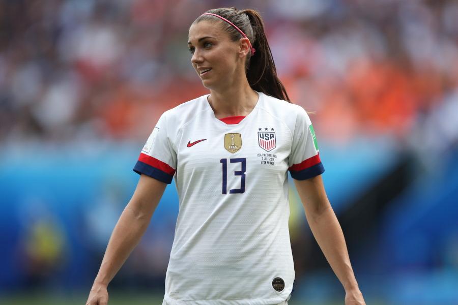 私服ショットを公開したアメリカ女子代表FWアレックス・モーガン【写真:Getty Images】