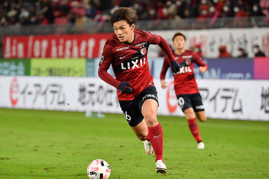 鹿島はFW上田綺世の2得点含め、4点を取り浦和に快勝【写真:小林 靖】