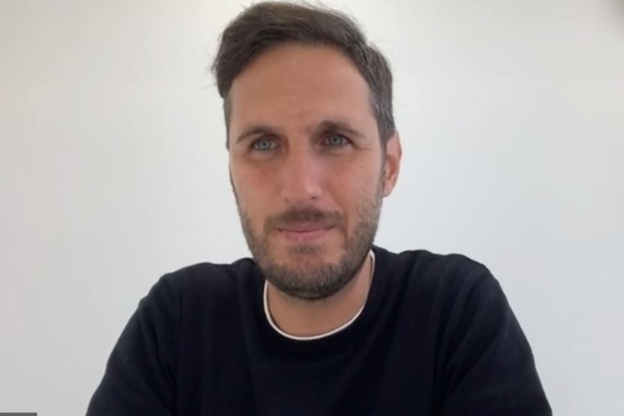 J3のFC今治で指揮を執るスペイン人のリュイス・プラナグマ・ラモス監督【写真:Football ZONE web※写真はスクリーンショットです】